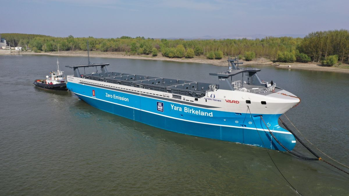 Zero-emission, autonomous ships: vital links in the sustainable logistics chain