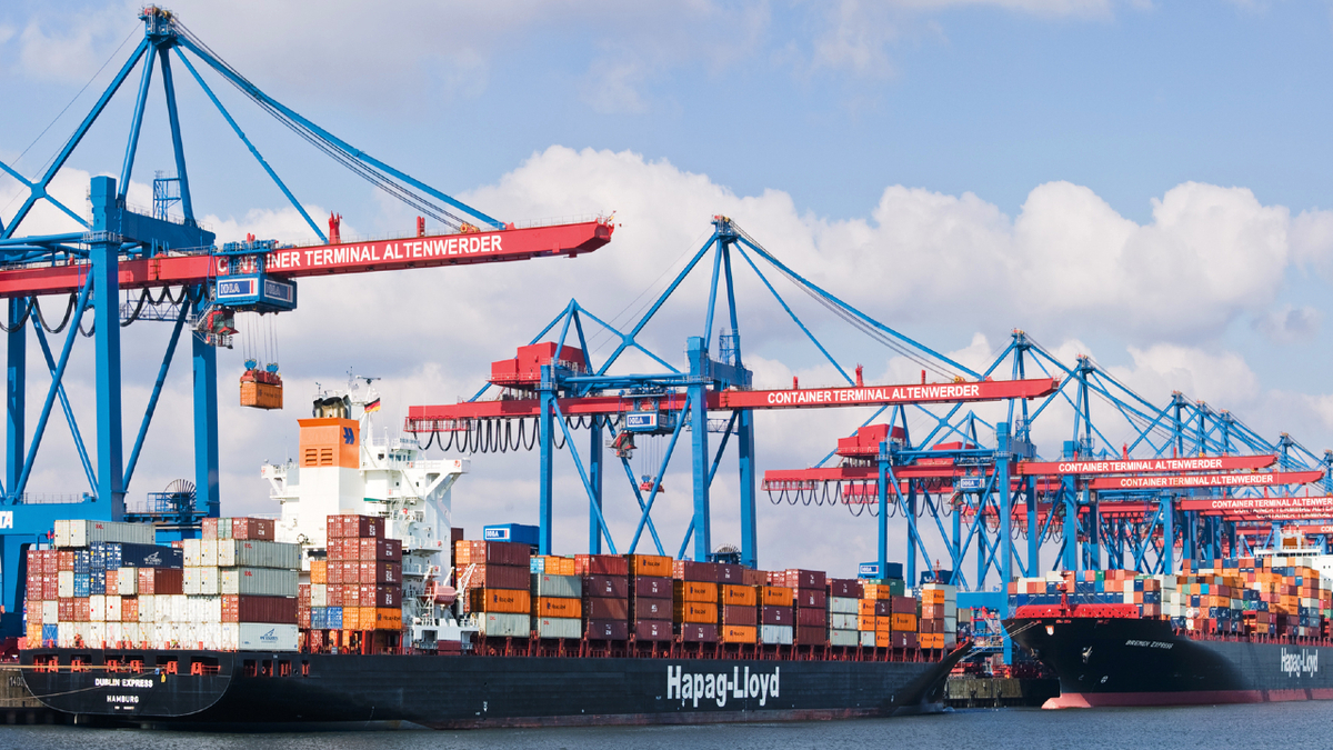 With 234 vessels in service, Hapag-Lloyd's relatively young fleet averages 9.3 years of age (source: Hapag-Lloyd)