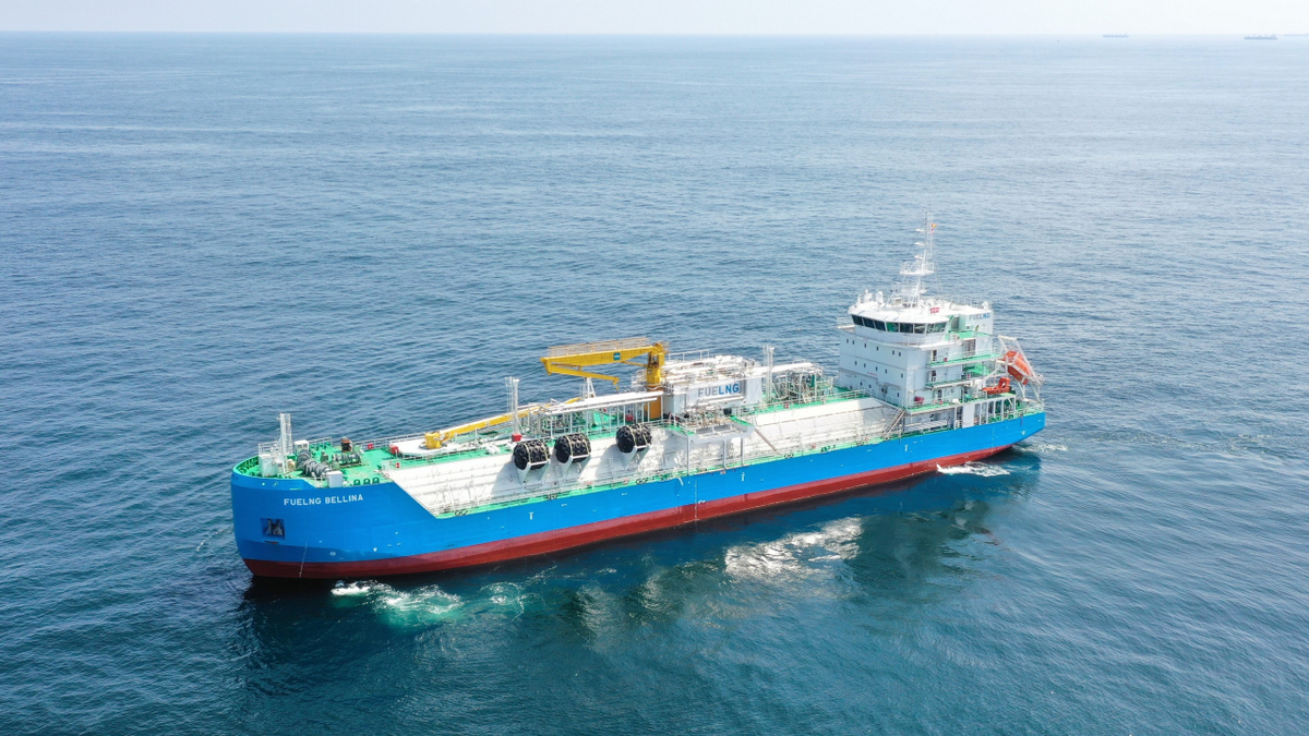 FueLNG Bellina is the world's first LNG bunker vessel with a 'Smart Notation' (source: Keppel)
