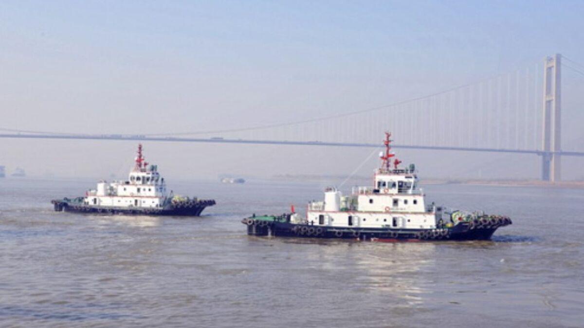 Jiangsu Zhenjiang delivered two ASD tugs to Zhoushan Gangxing on 22 December (source: JZ)