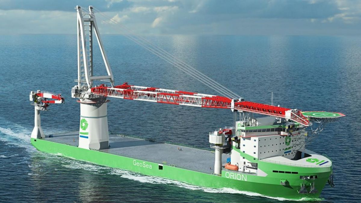 Liebherr provides condition monitoring systems for heavy-lift cranes on offshore construction vessels (source: Liebherr)
