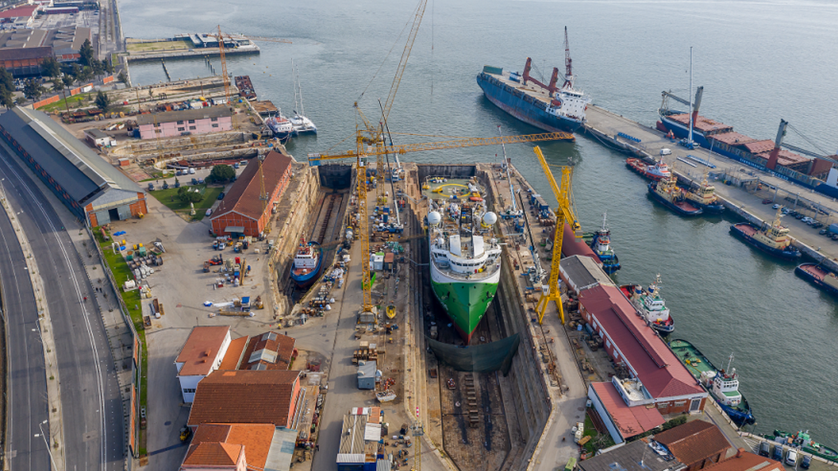 The Polarcus Naila seismic survey vessel was repaired in Navalrocha Shipyard (source: Navalrocha)