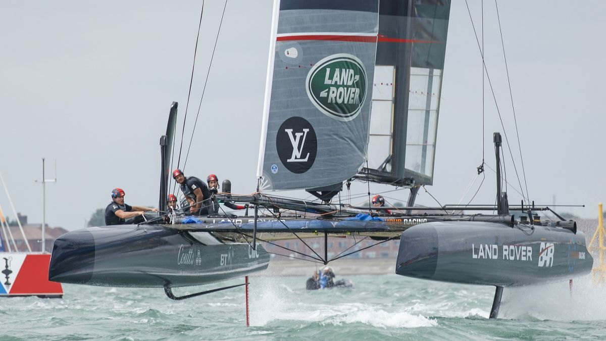 Sir Ben Ainslie (BAR Tech): Applying America's Cup and F1 tech to product tankers (image by: <a href='https://commons.wikimedia.org/wiki/File:AC45f_racing_catamaran_using_hydrofoils,_Land_Rover_BAR,_July_24,_2016.jpg'>Nick Dimbleby</a>, via Wikimedia Commons)