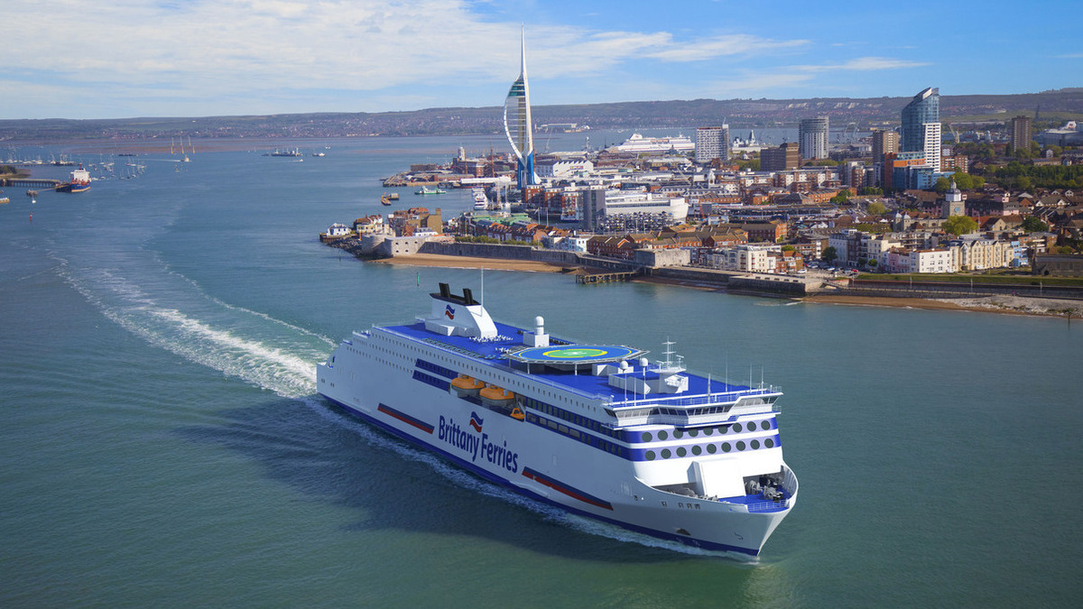 Brittany Ferries launches first LNG-powered ferry to serve UK