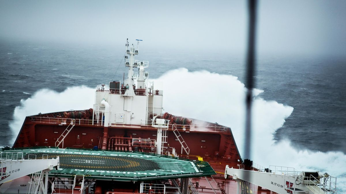 Tanker market facing headwinds in early 2021