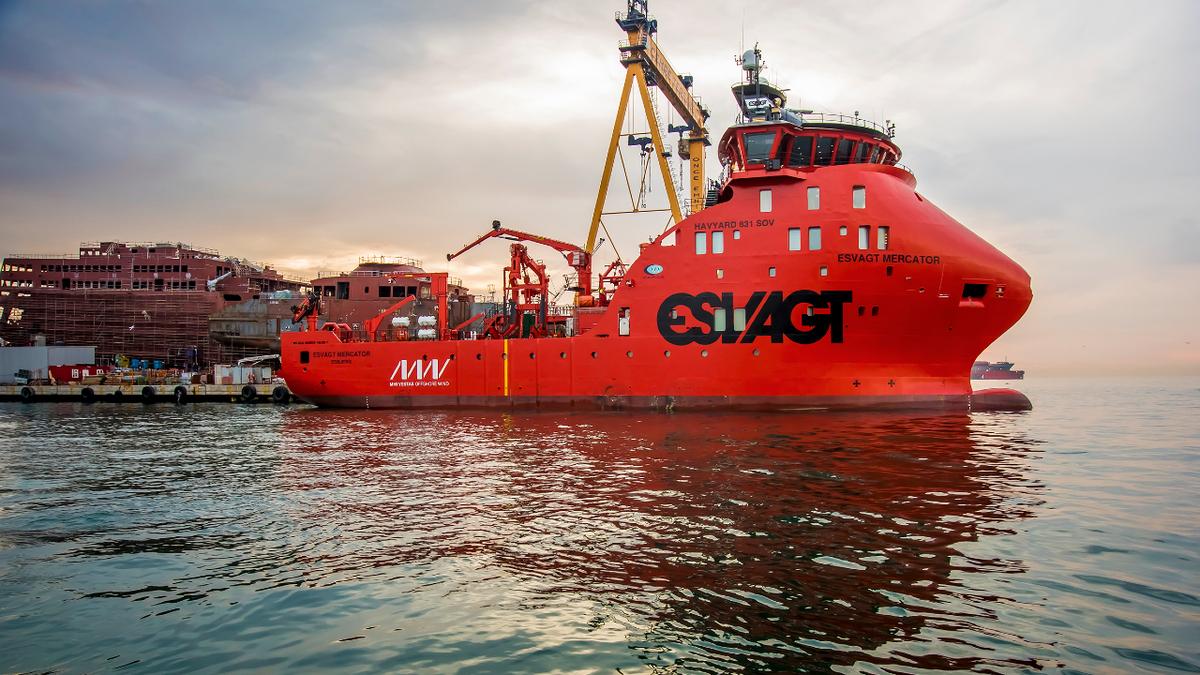 58.5-m Esvagt Mercator was built in 2017 by Cemre Shipyard