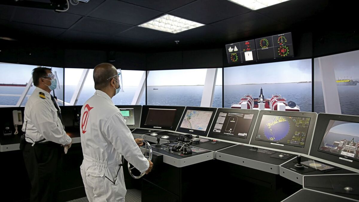 Thome trains seafarers on new Kongsberg bridge simulator in the Philippines (source: Thome)