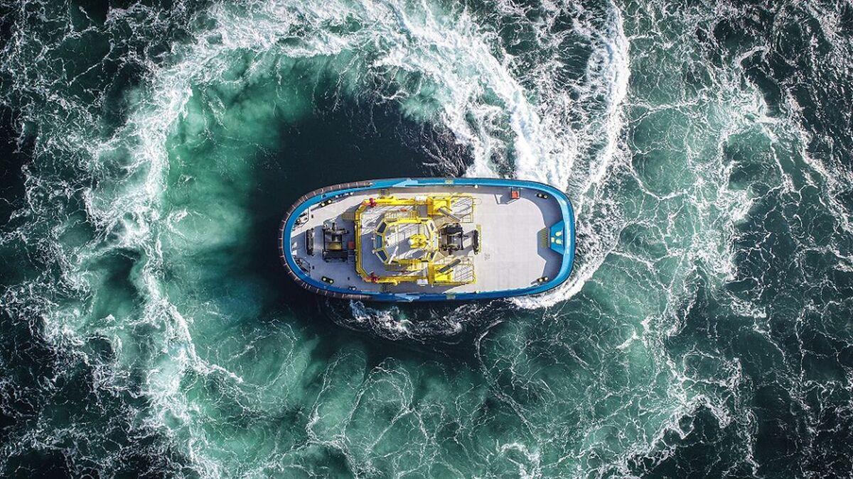 SAAM Towage tug demonstrates 360° turning circle (source: SAAM)
