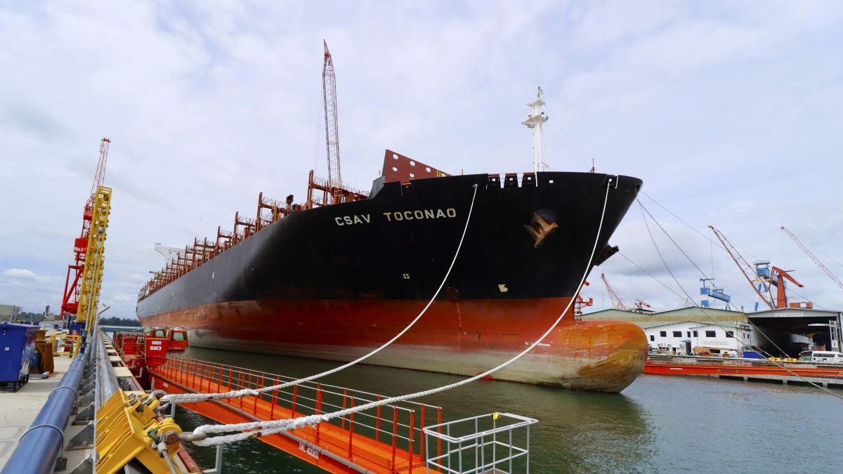 MHB built Dry Dock No. 3 to handle ships of 400,000 dwt (source: MHB)