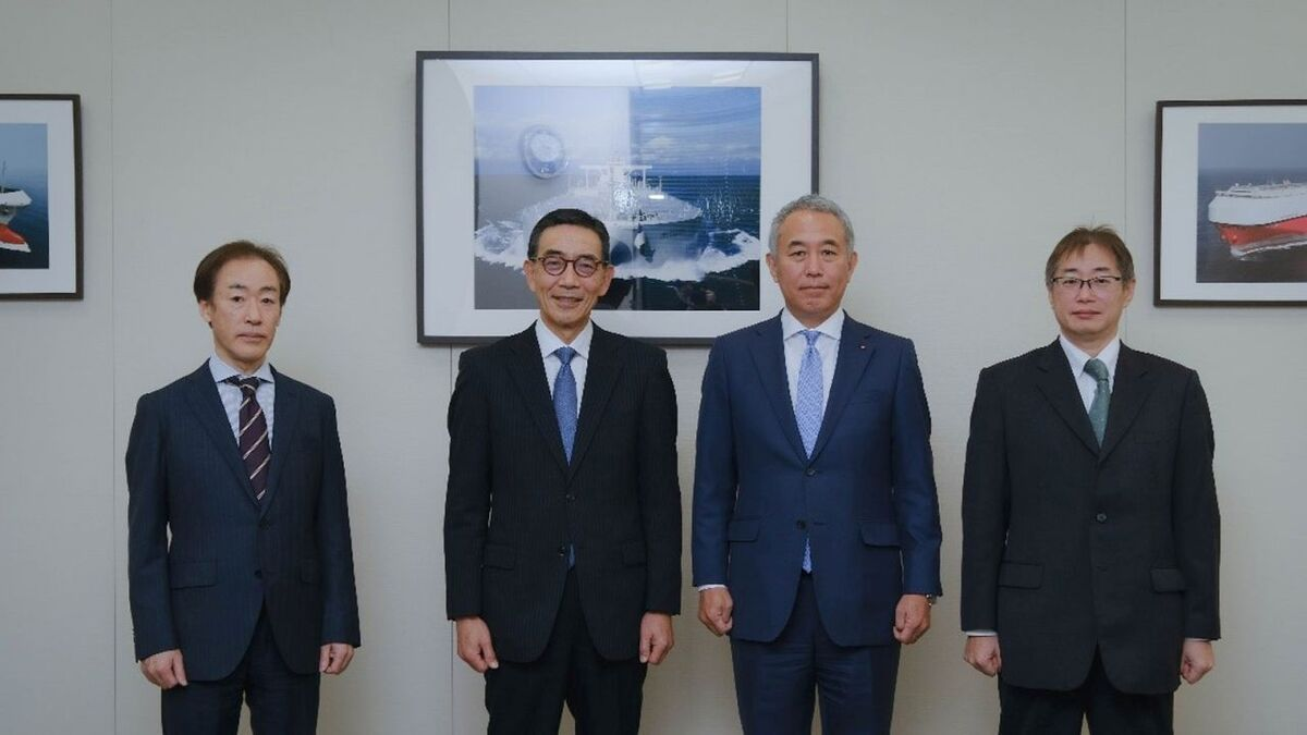 (l-r) Joichi Sasaki (K Line), Hiroaki Sakashita (CNK), Atsuo Asano (K Line), Yasuhiro Ikeda (Ship DC)