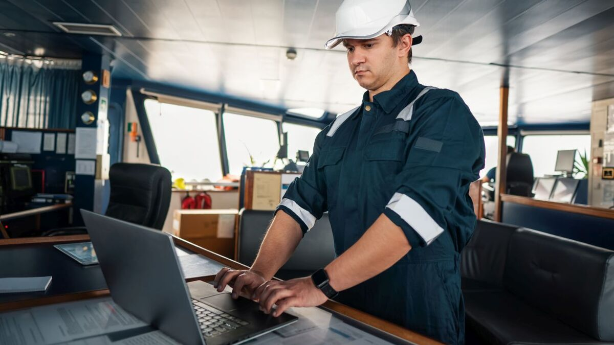 Crew can monitor fuel consumption from an OSV bridge (source: Opsealog)