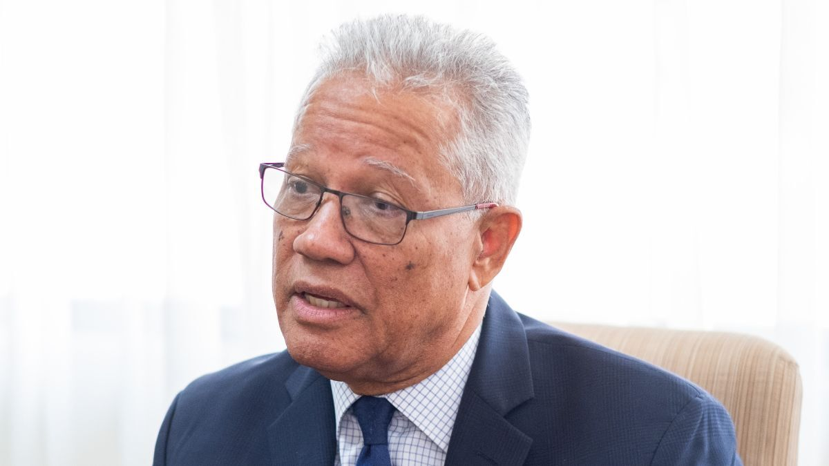 """Rear Admiral (retired) Peter Brady (Maritime Authority of Jamaica): """"Unfortunately, some States believe that seafarers are significant transmitters of the disease"""" (source: Maritime Authority of Jamaica)"""