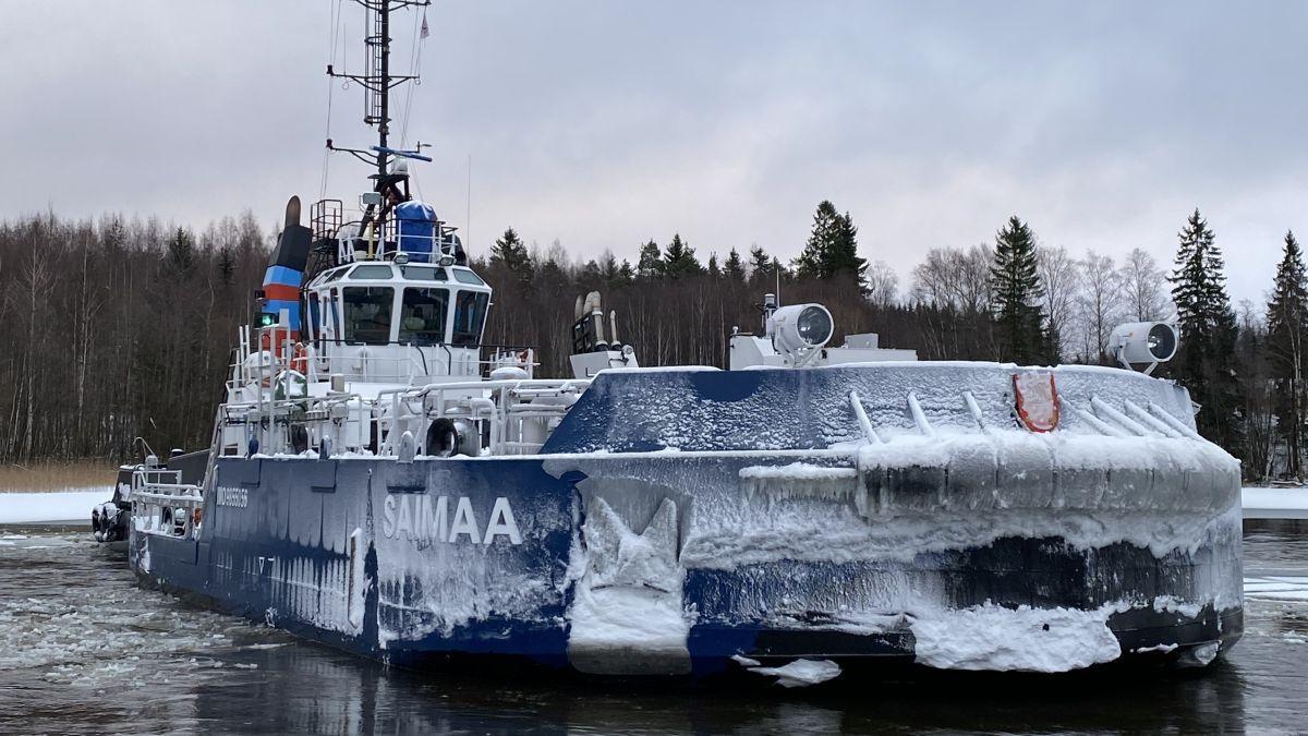 Saimaa icebreaker breaks 80-cm ice in Lake Saimaa (source: FTIA)