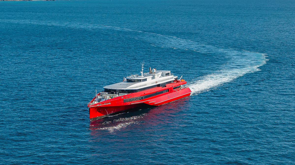 Austal-built trimaran features Rolls-Royce MTU engines