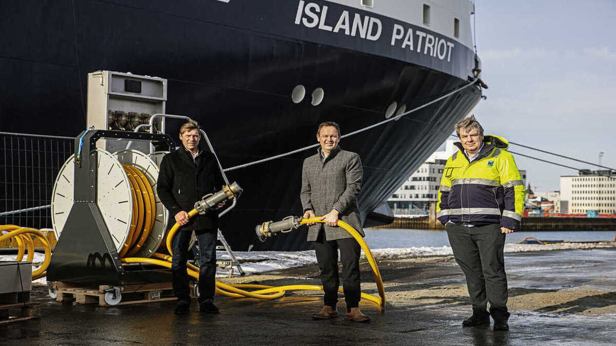 First large vessel connects to Port of Esbjerg's new shore power plant