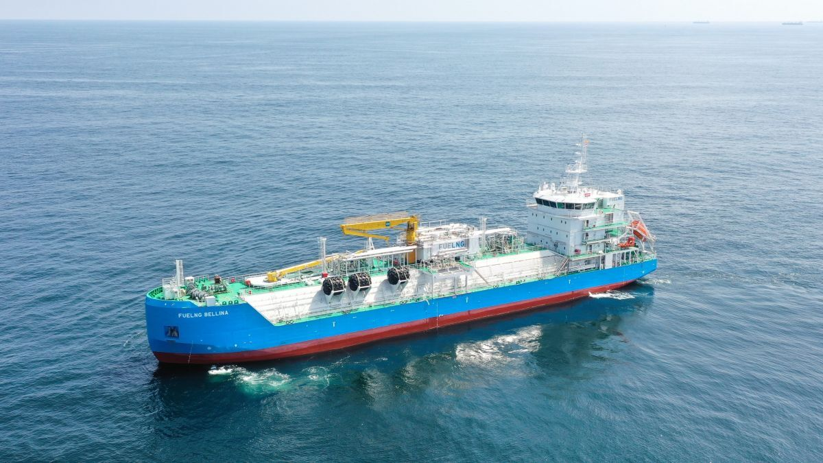 Singapore's first LNGBV, FueLNG Bellina, is also the world's first such vessel with a 'Smart' notation (source: FueLNG)