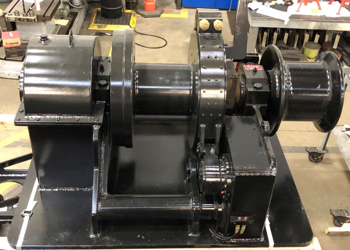 The design of Markey Machinery's headline winch places the electric drive motor and brake cylinder below deck (source: Glosten)