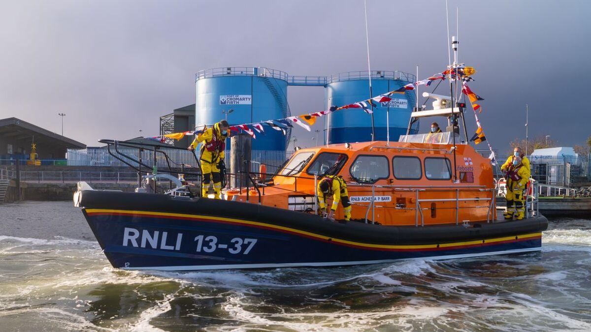 New Shannon-class RNLB Agnes AP Barr in Invergordon (source: RNLI/Michael MacDonald)