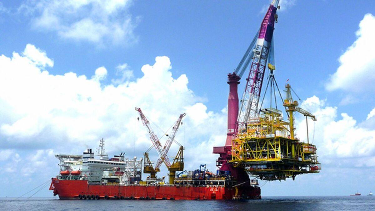 Sapura Energy offshore construction vessel LTS 3000 (source: Sapura)