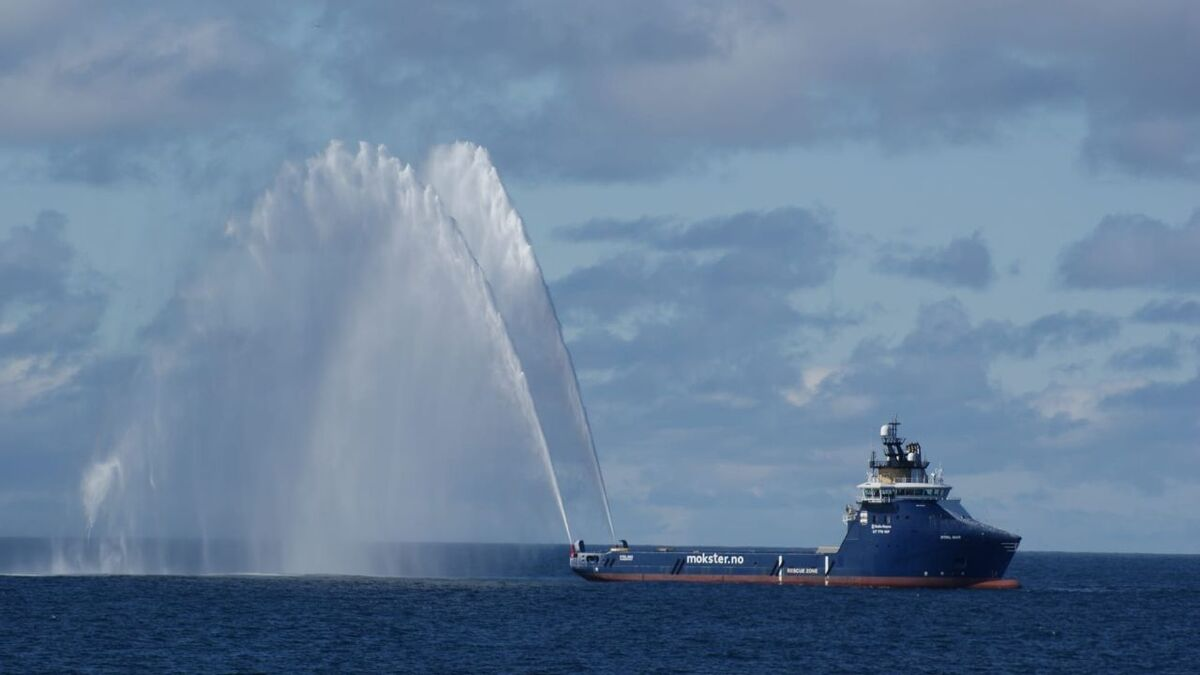 Stril Mar PSV tests its FiFi system before starting the Aker BP contract (source: Mokster)