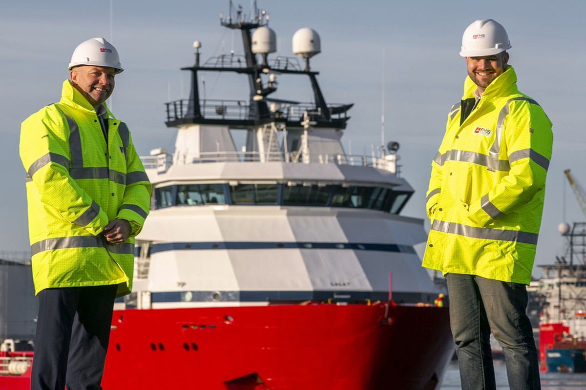 Marc McGruther (left), project delivery manager, FMS and Carl Lafferty (right), survey & positioning (Image: First Marine Solutions)