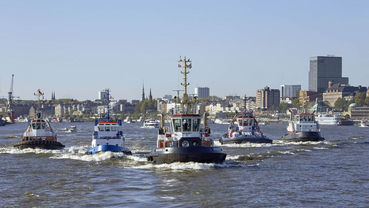 Fairplay harbour tugs' bridge equipment will be serviced by Telemar (source: Fairplay)