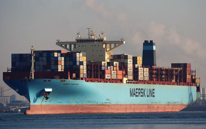 Salvage update: second damaged Maersk ship loses containers overboard