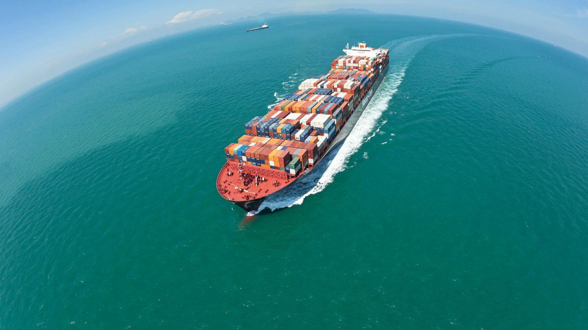 Hapag-Lloyd has options to expand its investment to 12 LNG-powered ULCSs (source: Hapag-Lloyd)