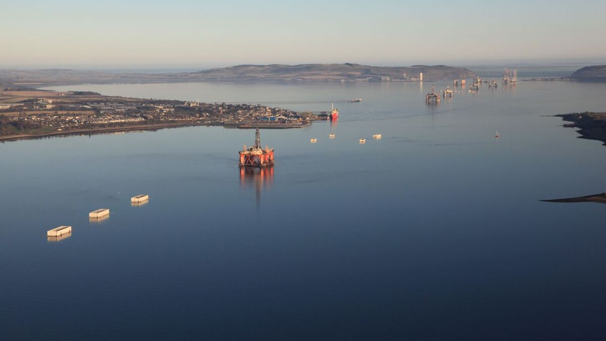 Electricity from renewable energy such as offshore wind could power electrolysers in the Cromarty Firth
