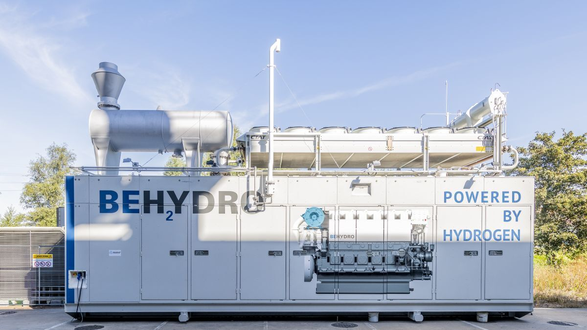 Container holding a BeHydro engine at its launch in September (source: BeHydro)