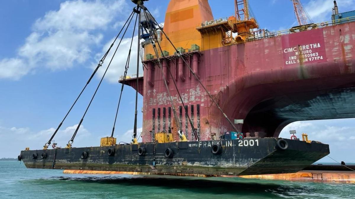 POSH semi-submersible crane vessel passes survey, load tests