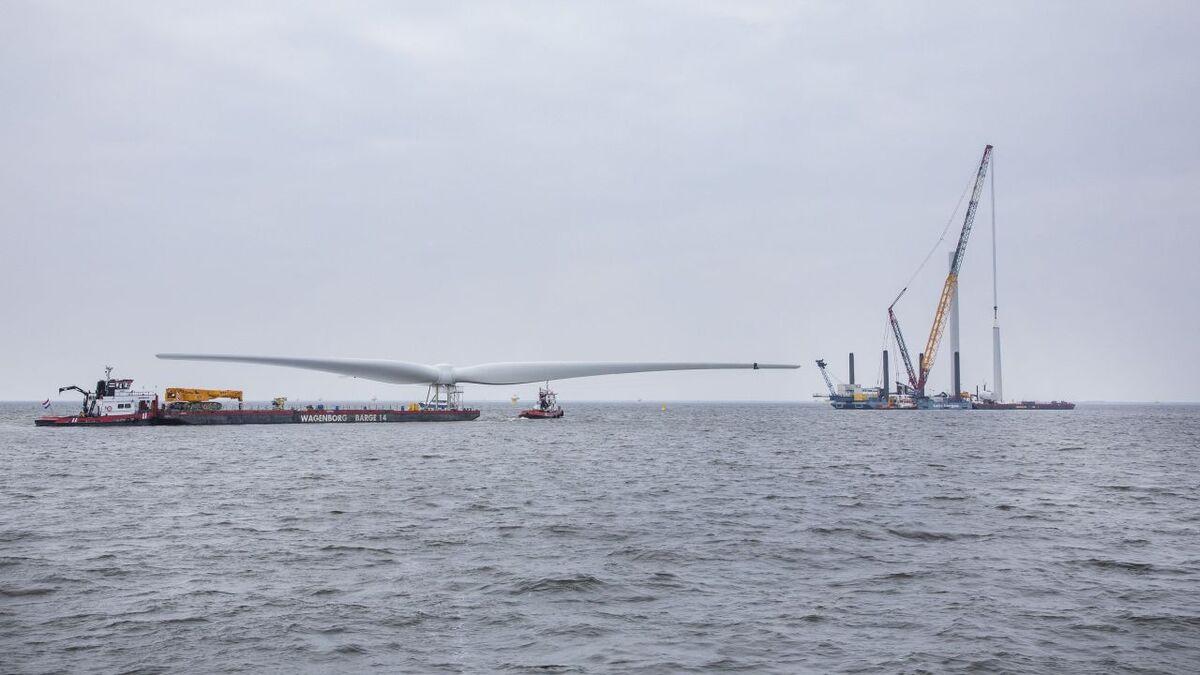 Turbine installation starts at Fryslân windfarm