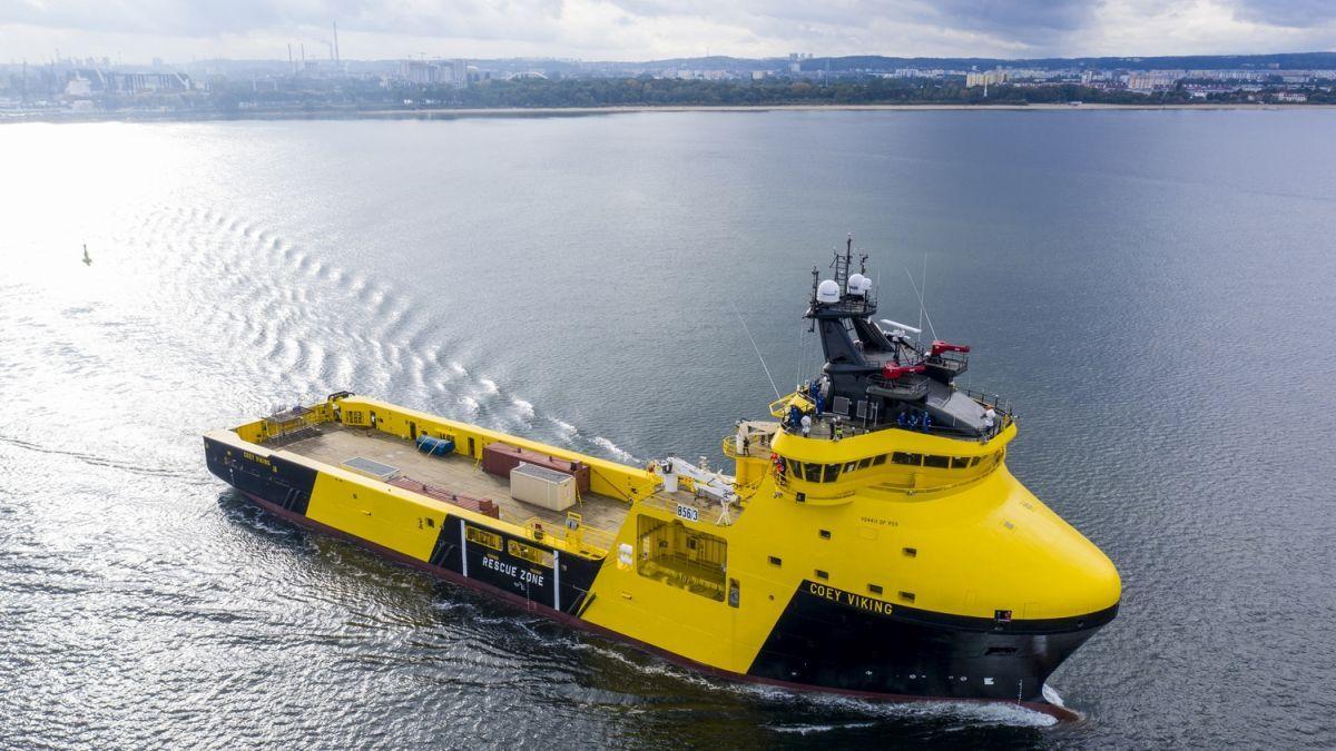 Newbuild LNG hybrid-battery PSV goes to work in NCS
