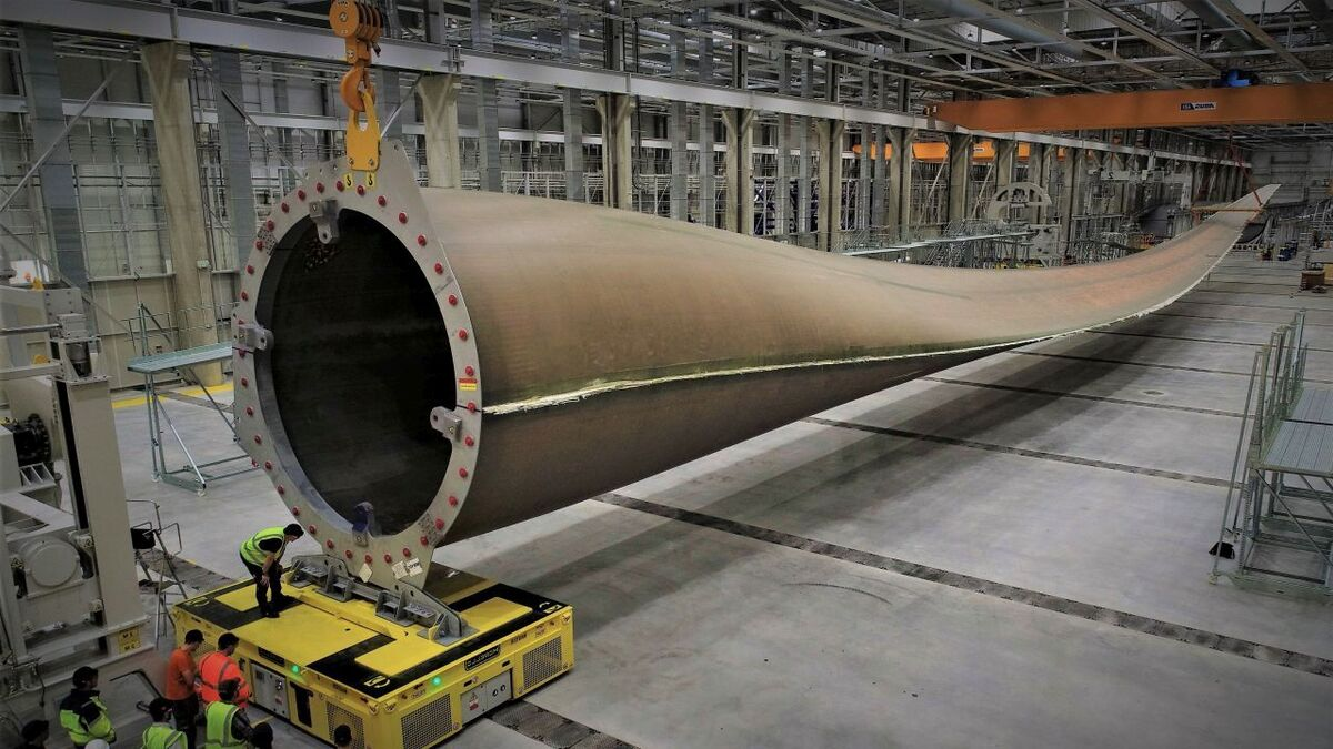 LM Wind Power's factory in Cherbourg produced the first 107-m blade for an offshore wind turbine