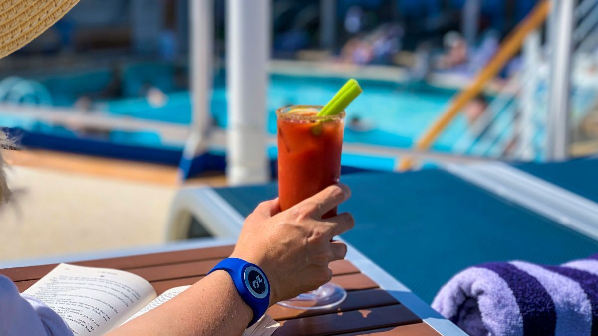 The Ocean Medallion wristband will allow travellers to open their room, order food and beverages, plan itineraries and play games (source: Princess)