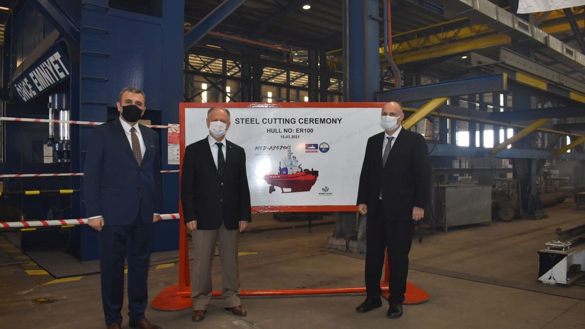 Med Marine and Ereğli Shipyard executives at the steel cutting ceremony (source: Med Marine)