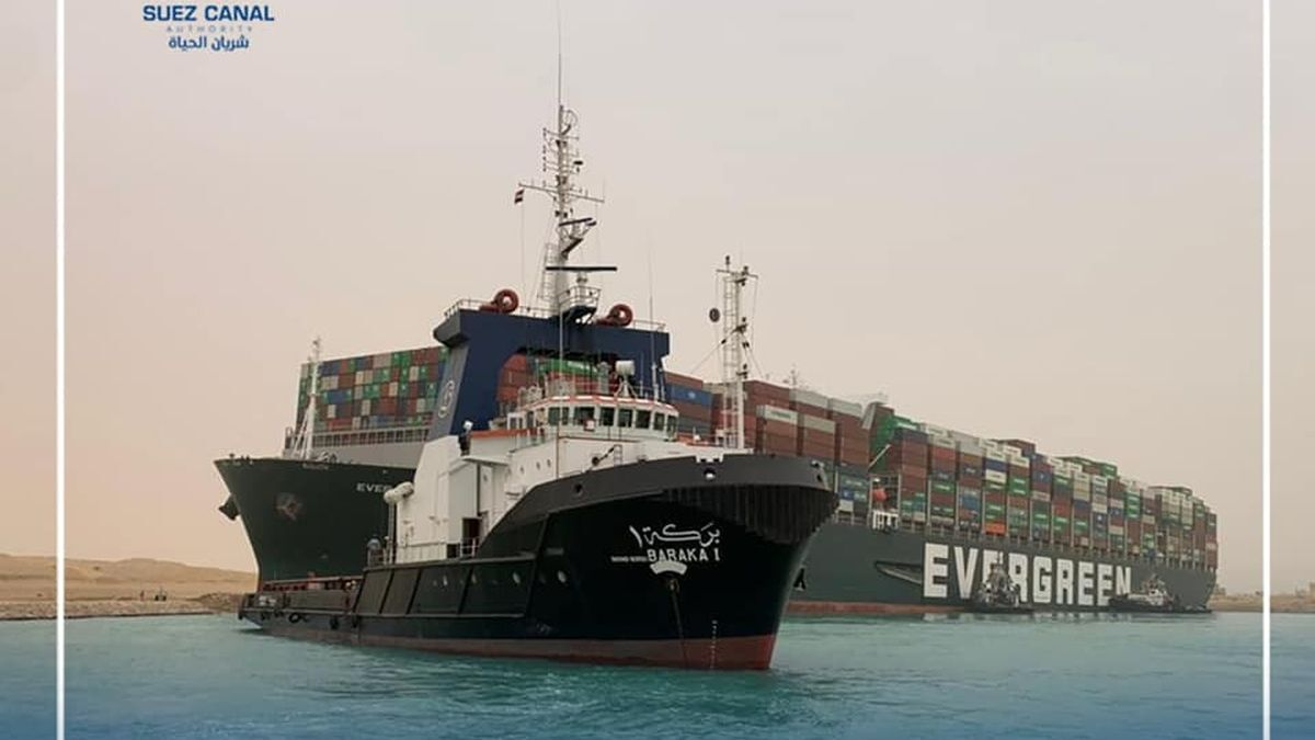 Evergreen Marine box ship Ever Given that ran aground in the Suez Canal on 23 March has been refloated (source: Suez Canal Authority / Facebook)