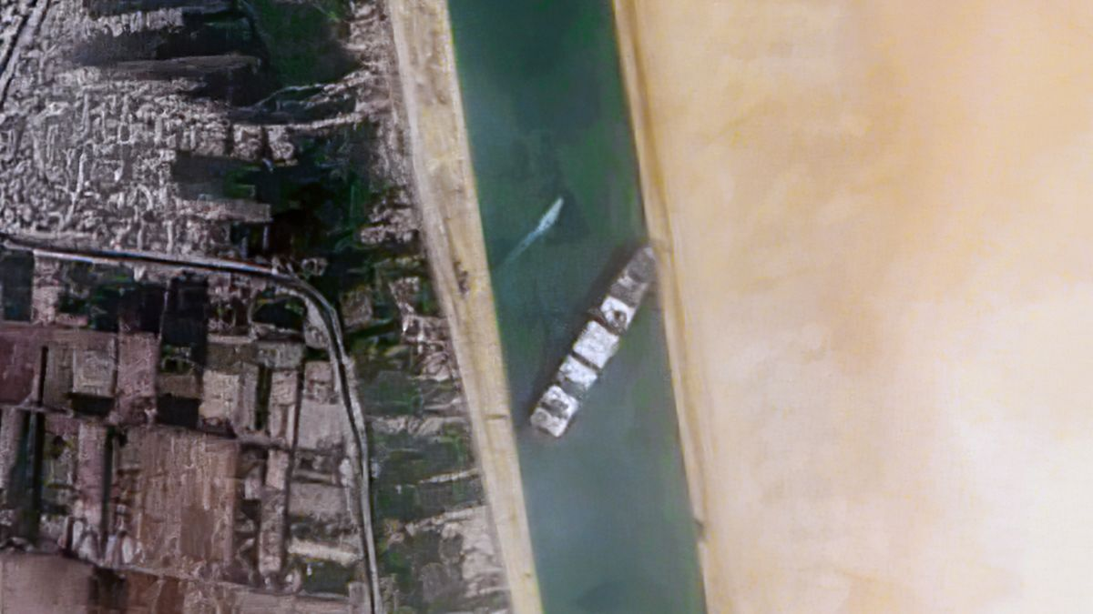 Satellite image of ULCS Ever Given stuck in the Suez Canal (source: WikiMedia)