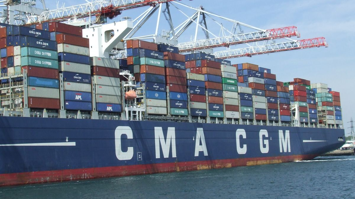 A CMA CGM container ship uses digitalisation for energy optimisation (source: Riviera Maritime Media)