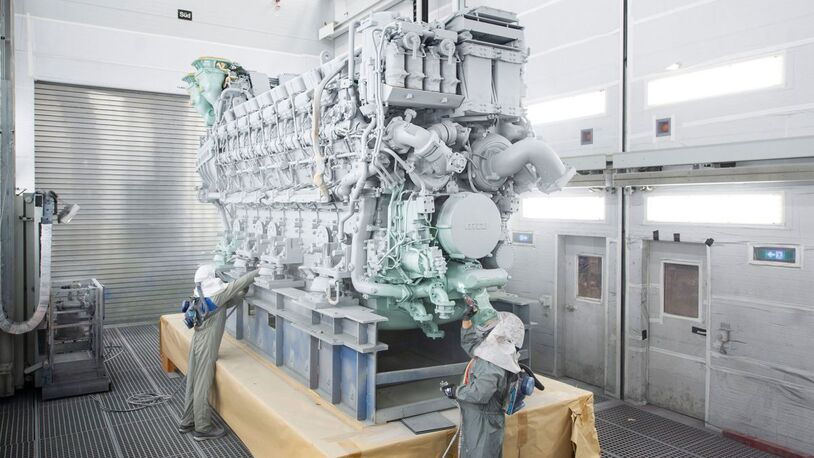 Rolls-Royce delivers first 16-cylinder mtu 8000