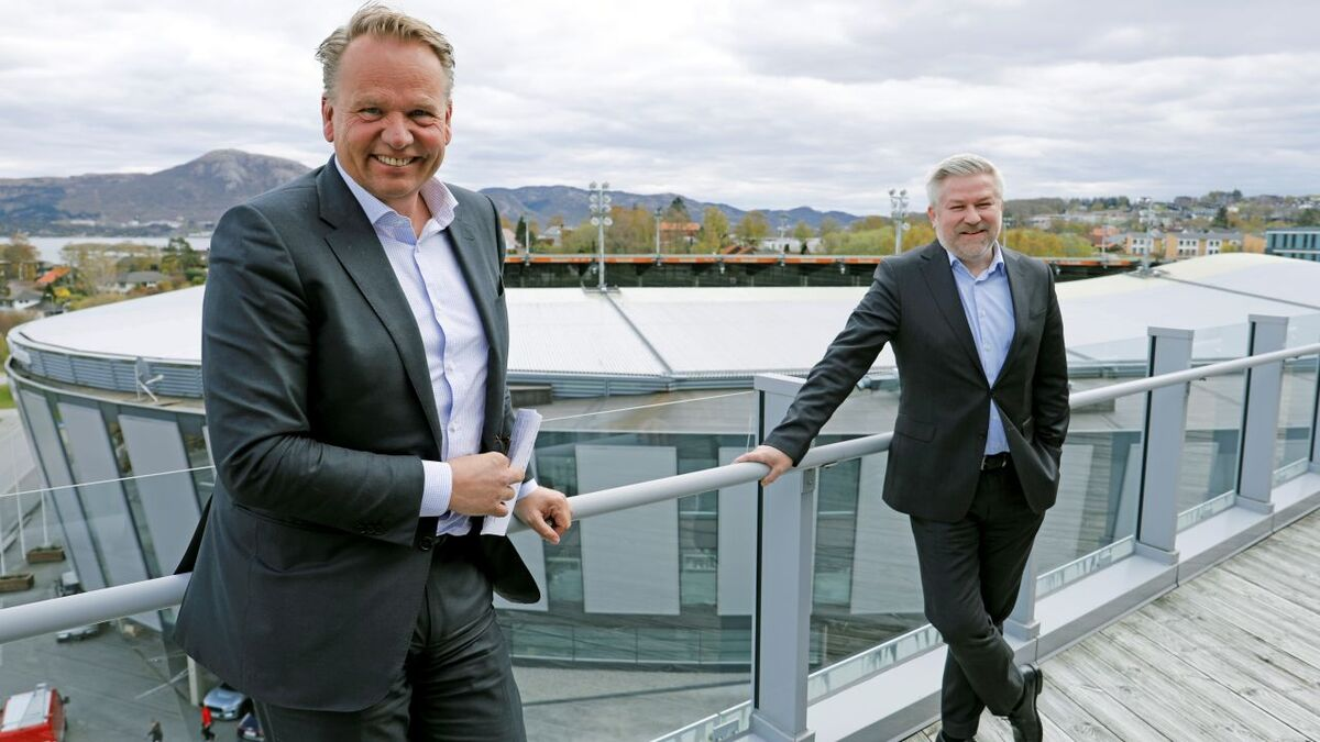 Olav Hetland, left, seen here with Pål Eitrheim, said developing a home market for floating wind will be important for Norway's supply chain