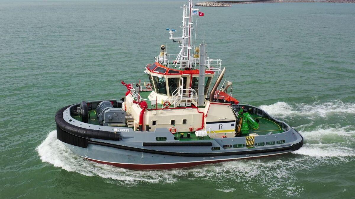 ER78 is a newbuild tug for the Port of Gijon in Spain (source: Med Marine)
