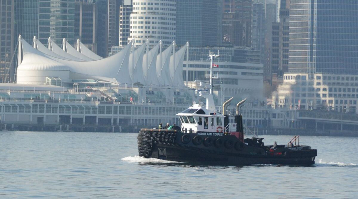 North Arm Tempest tug on sea trials in Vancouver Harbour (source: Cummins)
