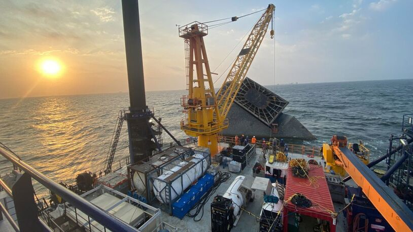 Salvage begins on capsized Seacor Power