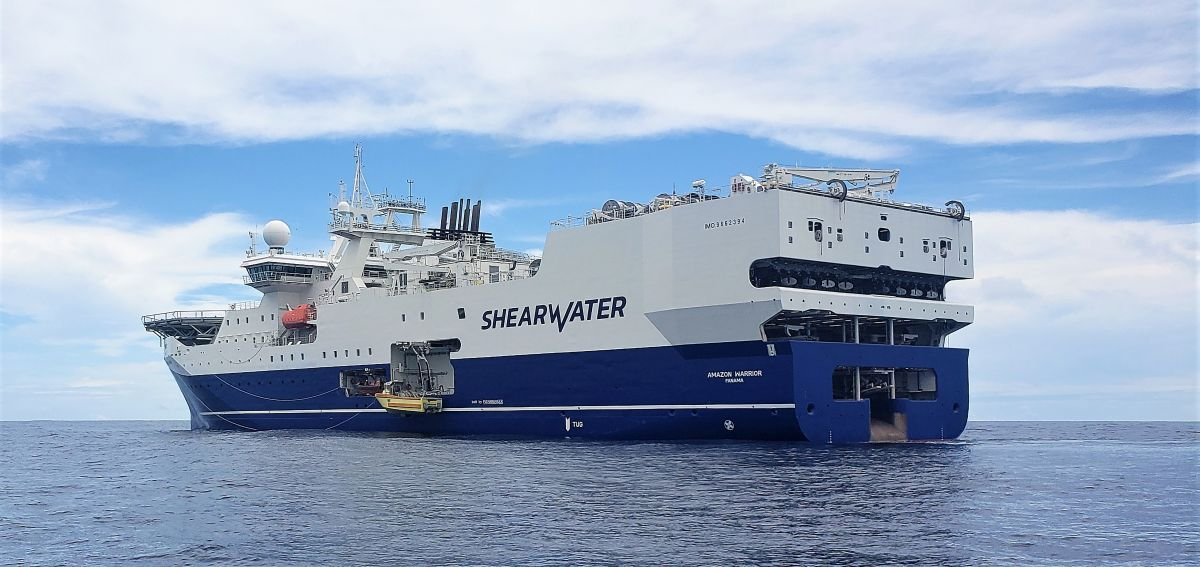 Amazon Warrior operated six months offshore Argentina in 2020, acquiring 10,000 km2 of data with a 14-streamer spread (source: Shearwater)