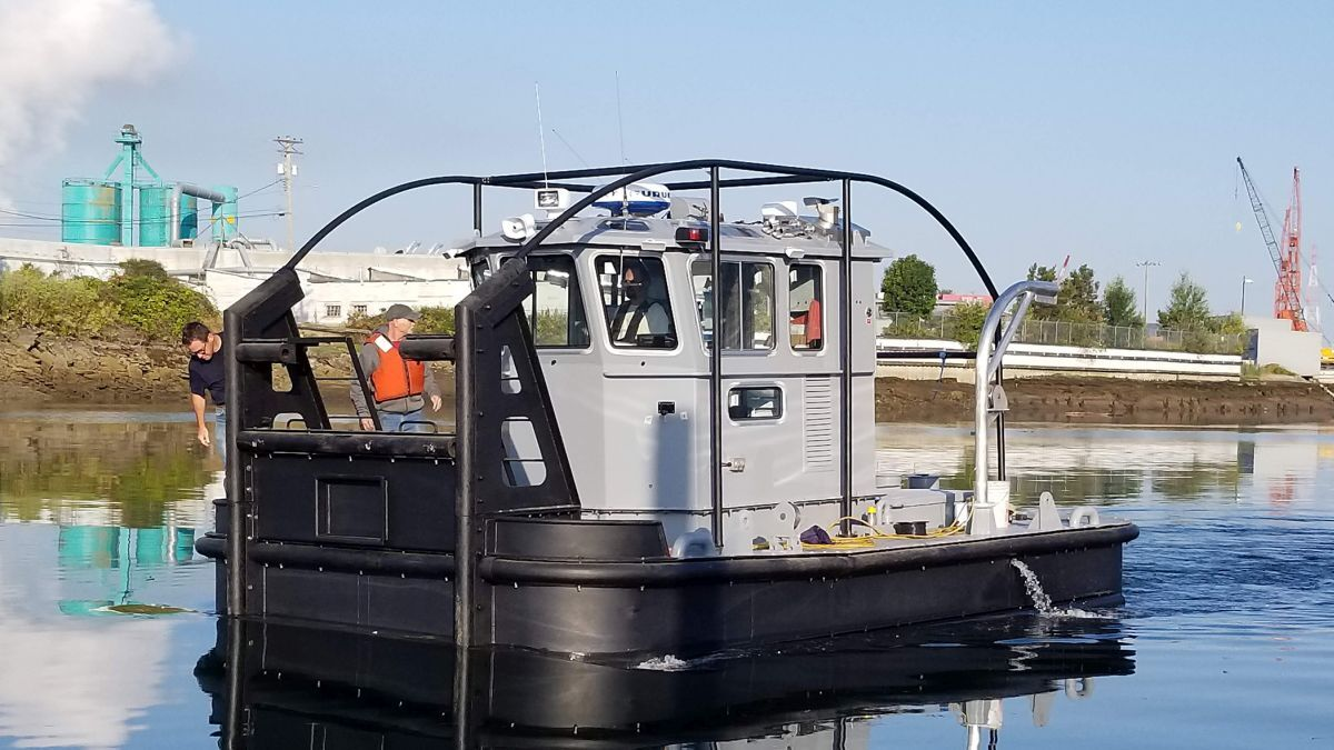 Modutech built these Work Boat Docking tugs for the US Navy (source: Modutech)