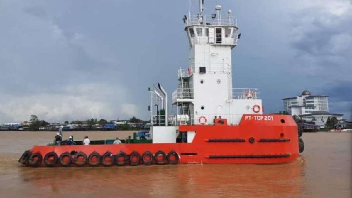 Pusher tug PT TCP 201 was built by Tuong Aik Shipyard for Transcoal Pacific (source: market.bisnis)