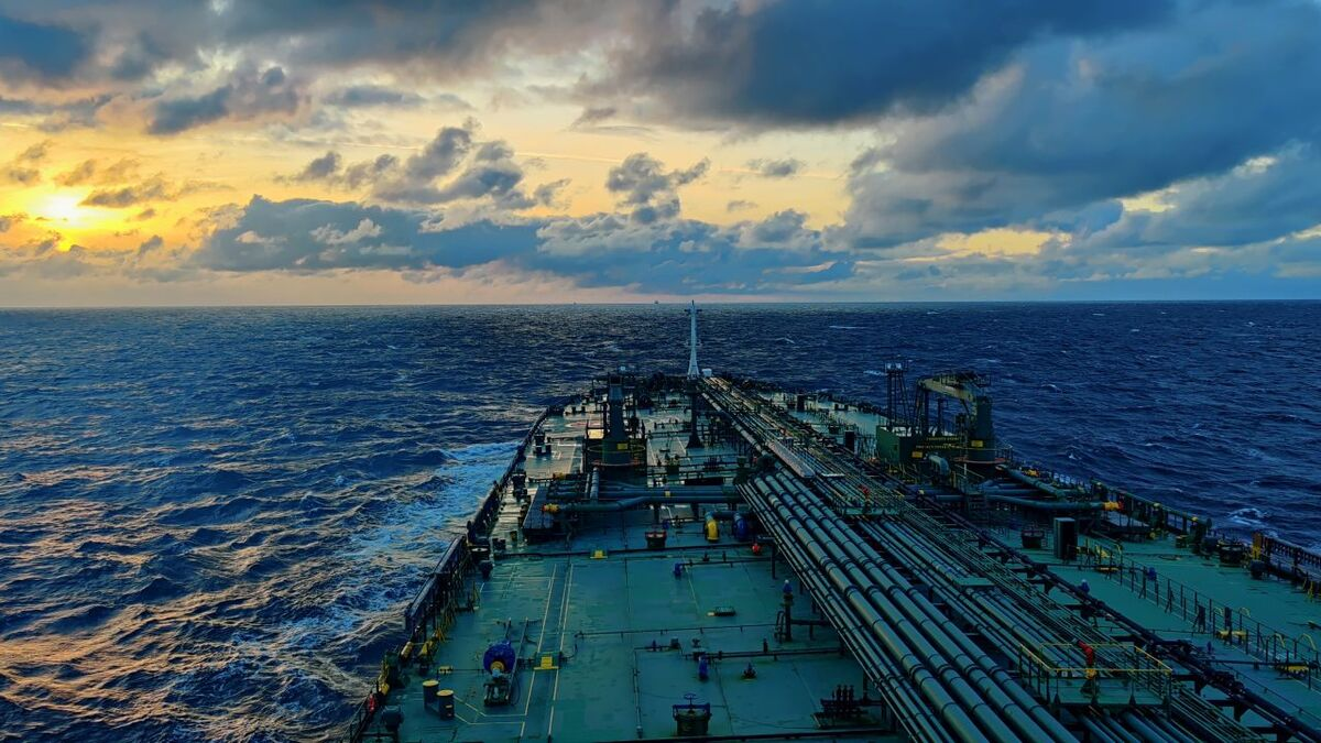 Hybrid connectivity enables Scorpio to improve tanker compliance reporting (source: Scorpio)