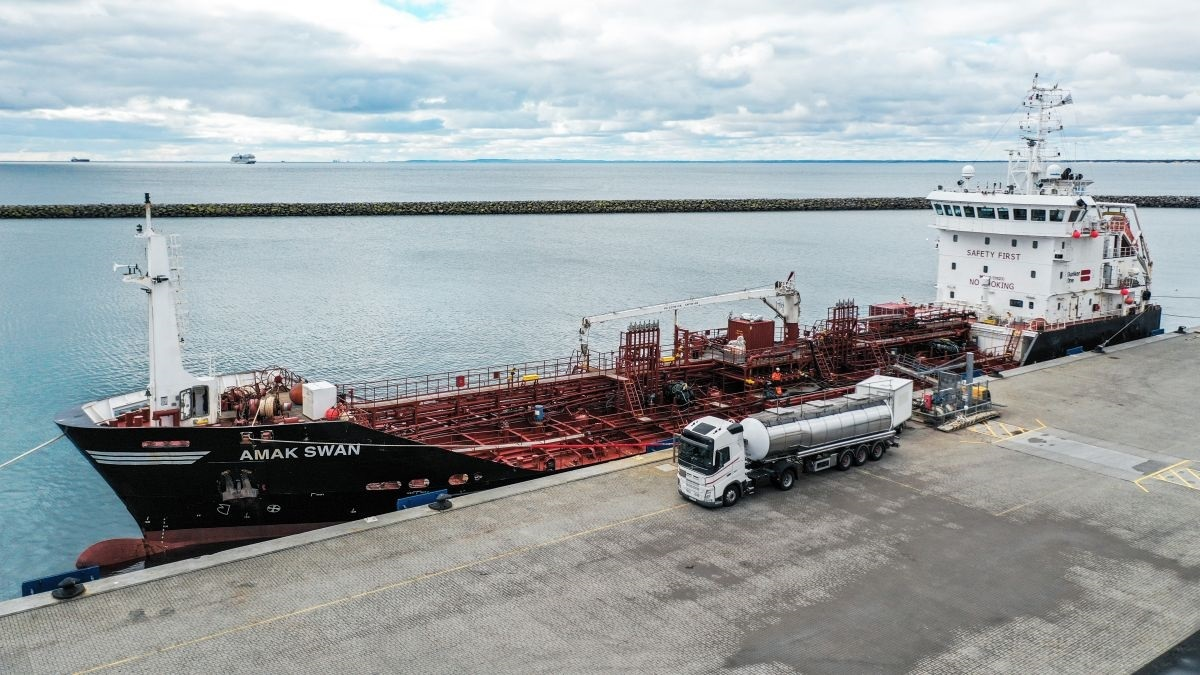 3,500-mt capacity Amak Swan will also use biofuel as fuel, according to Bunker Holding (source: Bunker Holding)