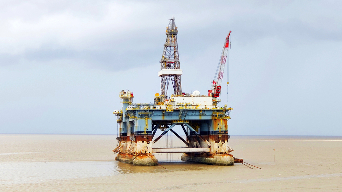 More than 20 offshore rigs are in the recycling market, either being marketed or already sold to cash buyers (source: GMS)